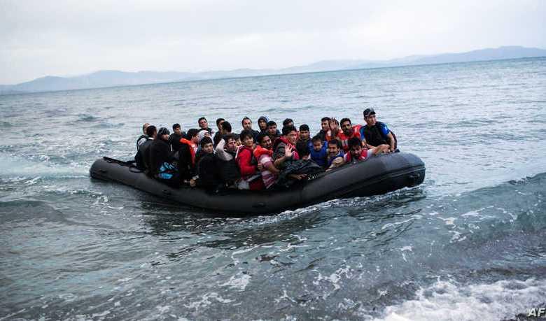 """000 Par8180308 - تركيا تتهم اليونان بإلقاء مهاجرين """"مصفدي الأيدي"""" في البحر وتعليق سليمان صويلو على الحادثة"""
