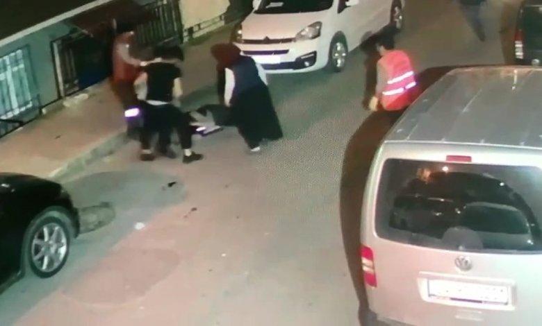 saldiri 5367 - شاهد بالفيديو.. شجـ.ـار عنيـ.ـف بين مواطنين وعمال نظافة وسط شوارع اسطنول