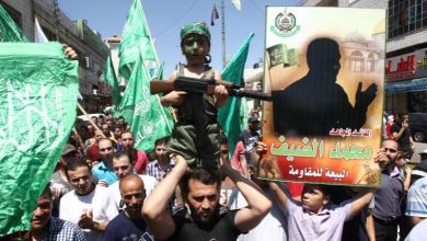 صورة شاهد بالفيديو من هو محمد ضيف الذي يرعب اسرائيل وهو على كرسيه المتحرك ومقطع صوتي مسرب له