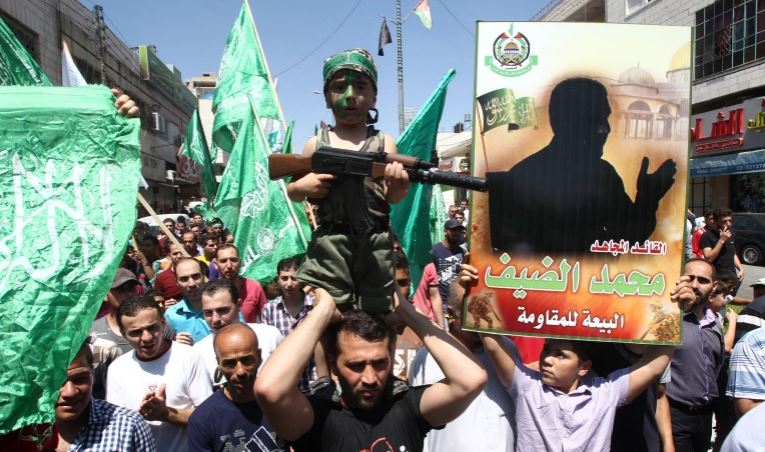 .jpg?resize=765%2C452&ssl=1 - شاهد بالفيديو من هو محمد ضيف الذي يرعب اسرائيل وهو على كرسيه المتحرك ومقطع صوتي مسرب له