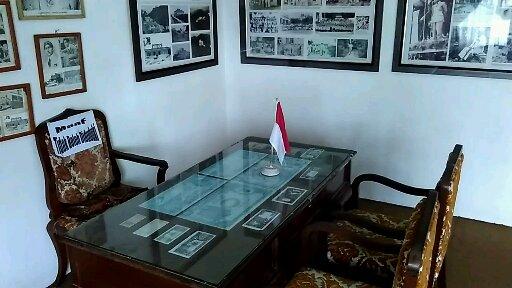 Ruang kerja Soekarno (foto dokpri)