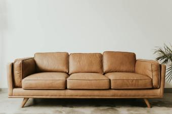 Хімчистка м'яких меблів і килимових покриттів