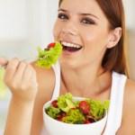 脂肪を燃焼させる食べ物10選と食事方法!【食べて痩せる】