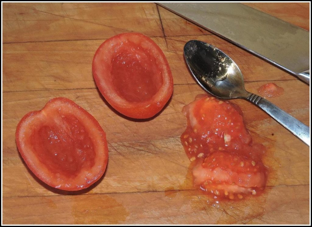 Hollowed-out plum tomato 'boats'