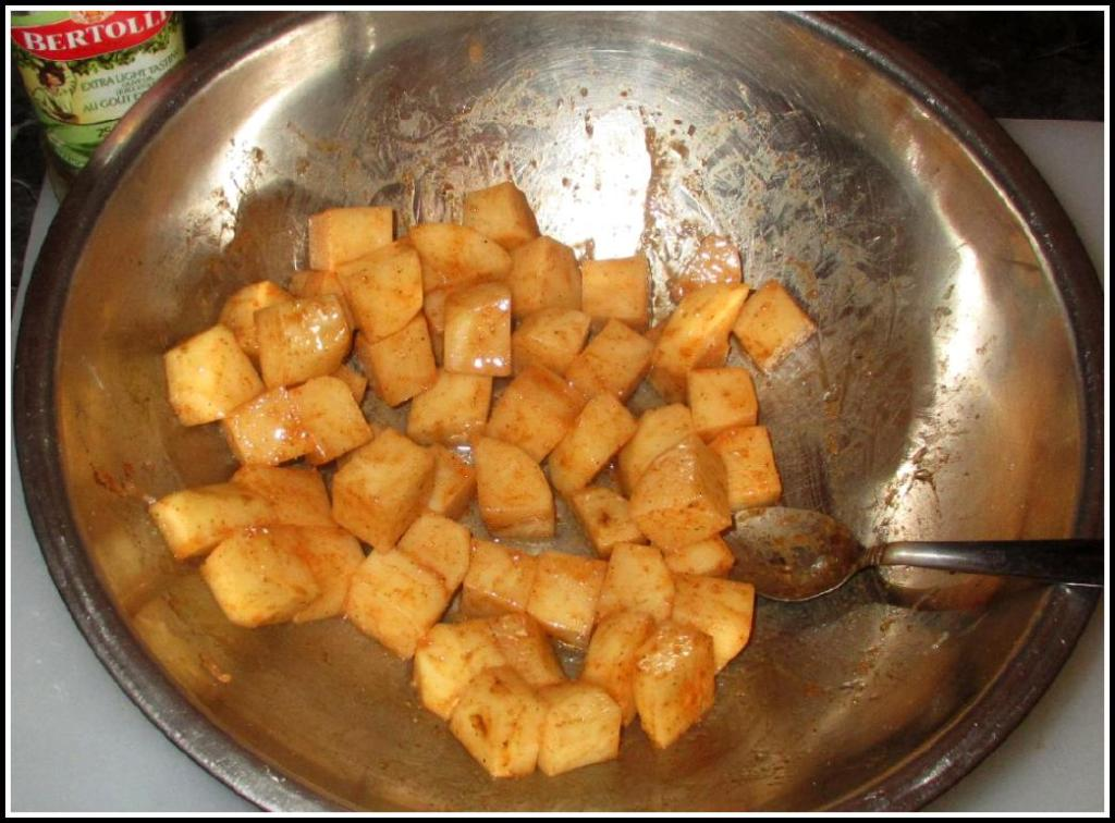 Seasoning and Marinating the Potatoes