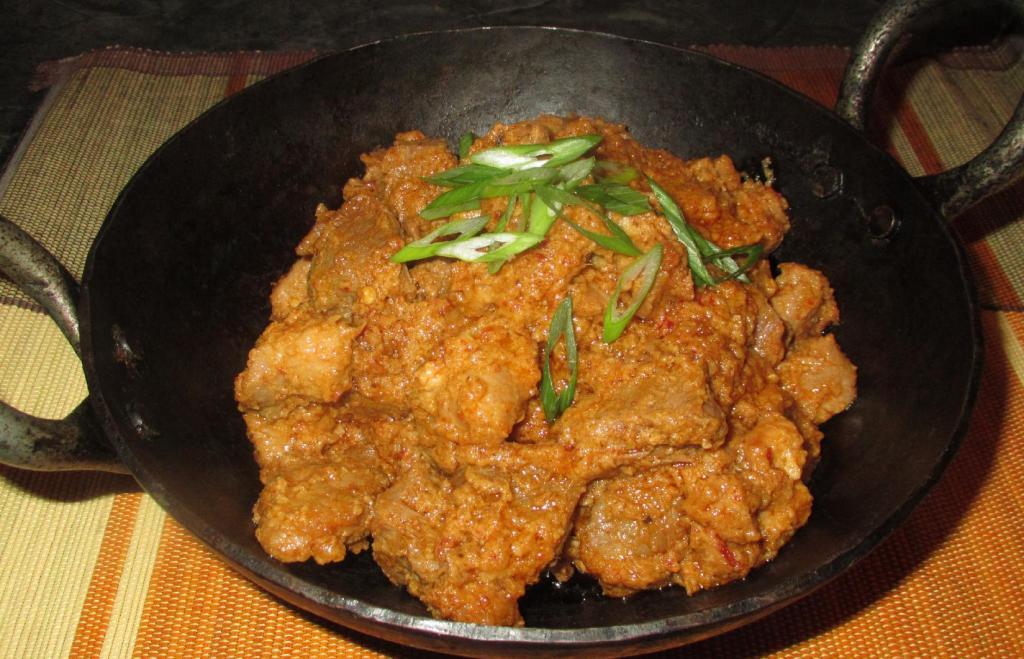Thai-Style Pork Rendang