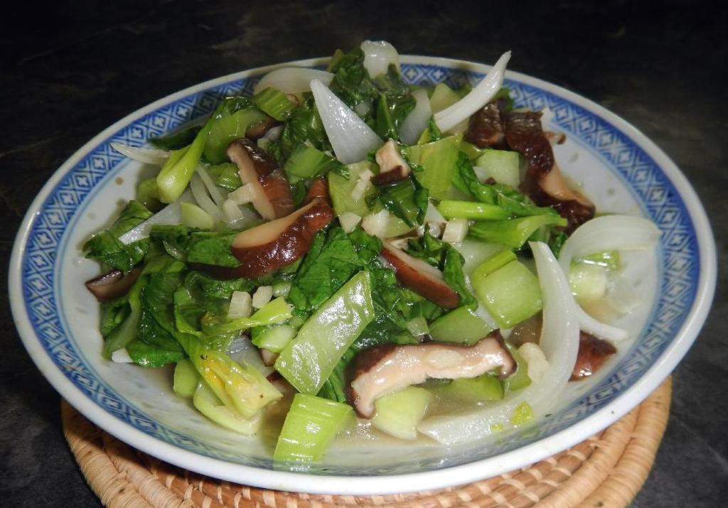Shanghai Bok Choy with Mushrooms
