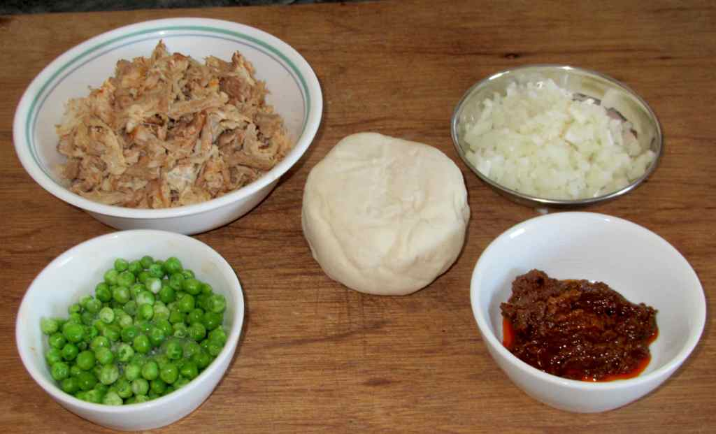 The Ingredients for Pulled Pork Samosas