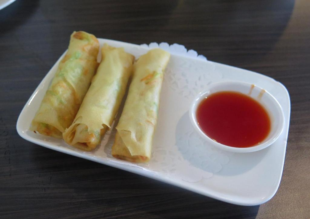Spring Roll with Chicken at Fan's