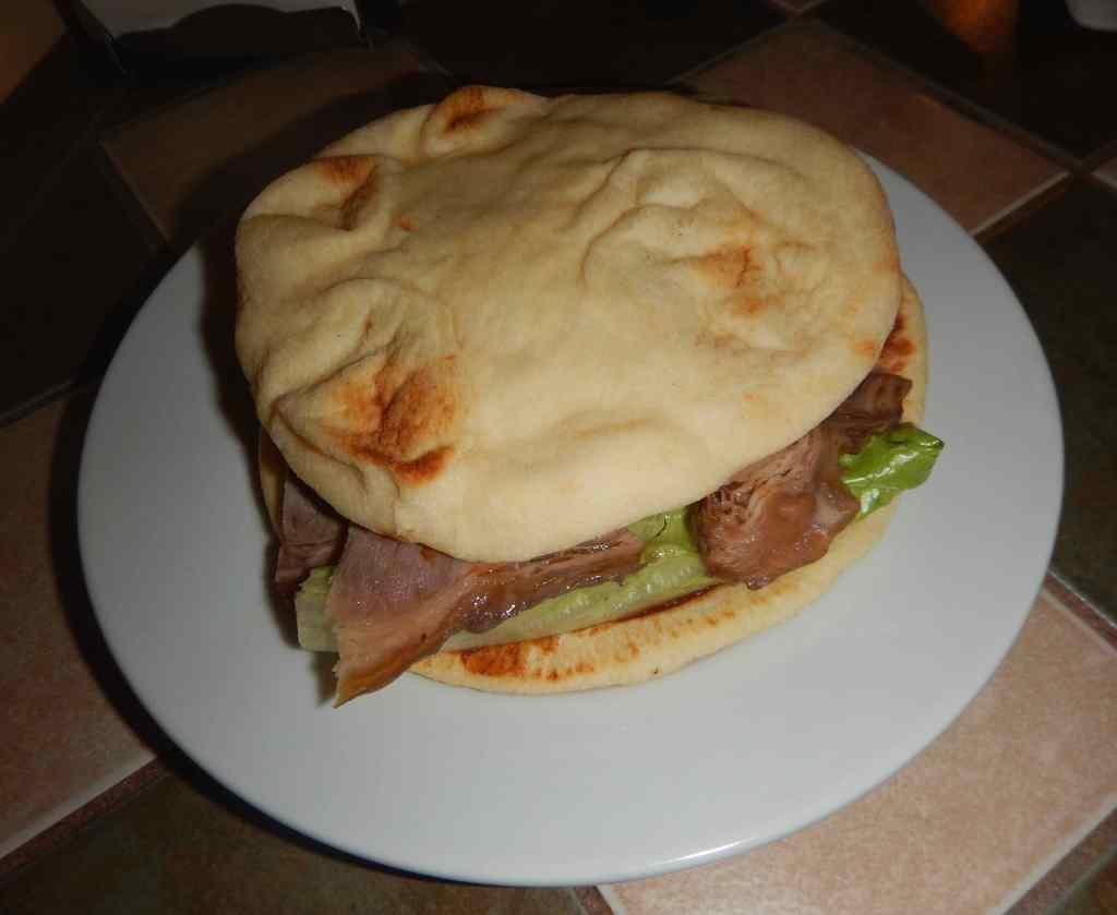 Chinese 'Burger' at Beaver Sailor