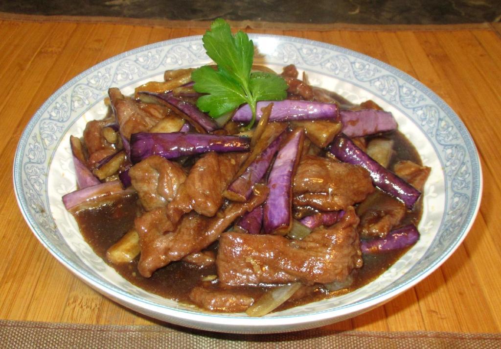 Beef with Eggplant