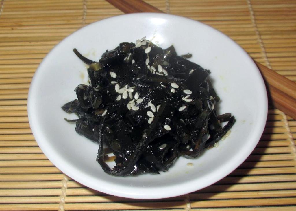 Kombu Tsukudani – A Japanese Relish