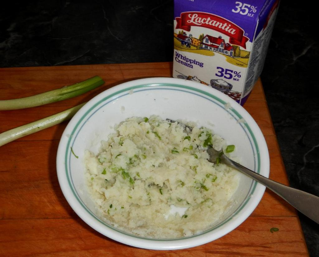 Mashed Potato with Scallions and Cream