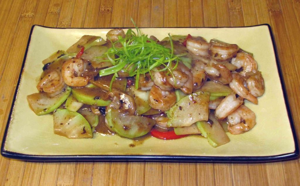 Shrimp and Chayote with Black Beans