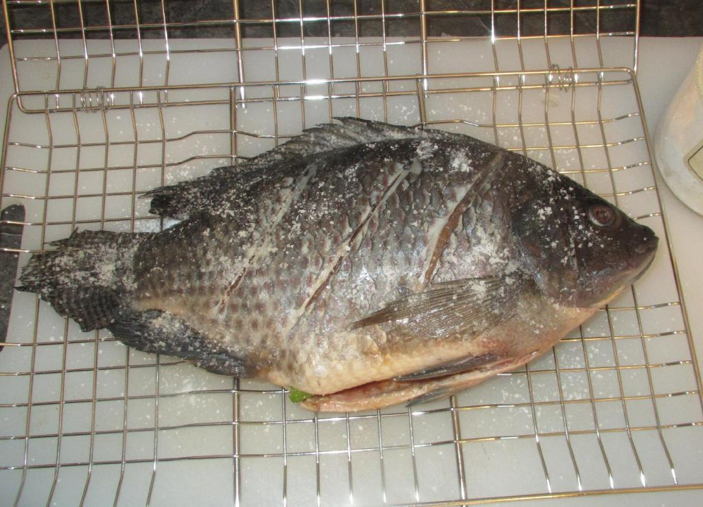Salting Whole Fish before Grilling