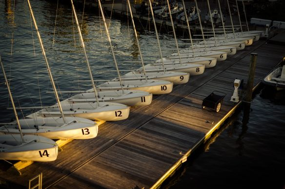 Duplicate boats in a row