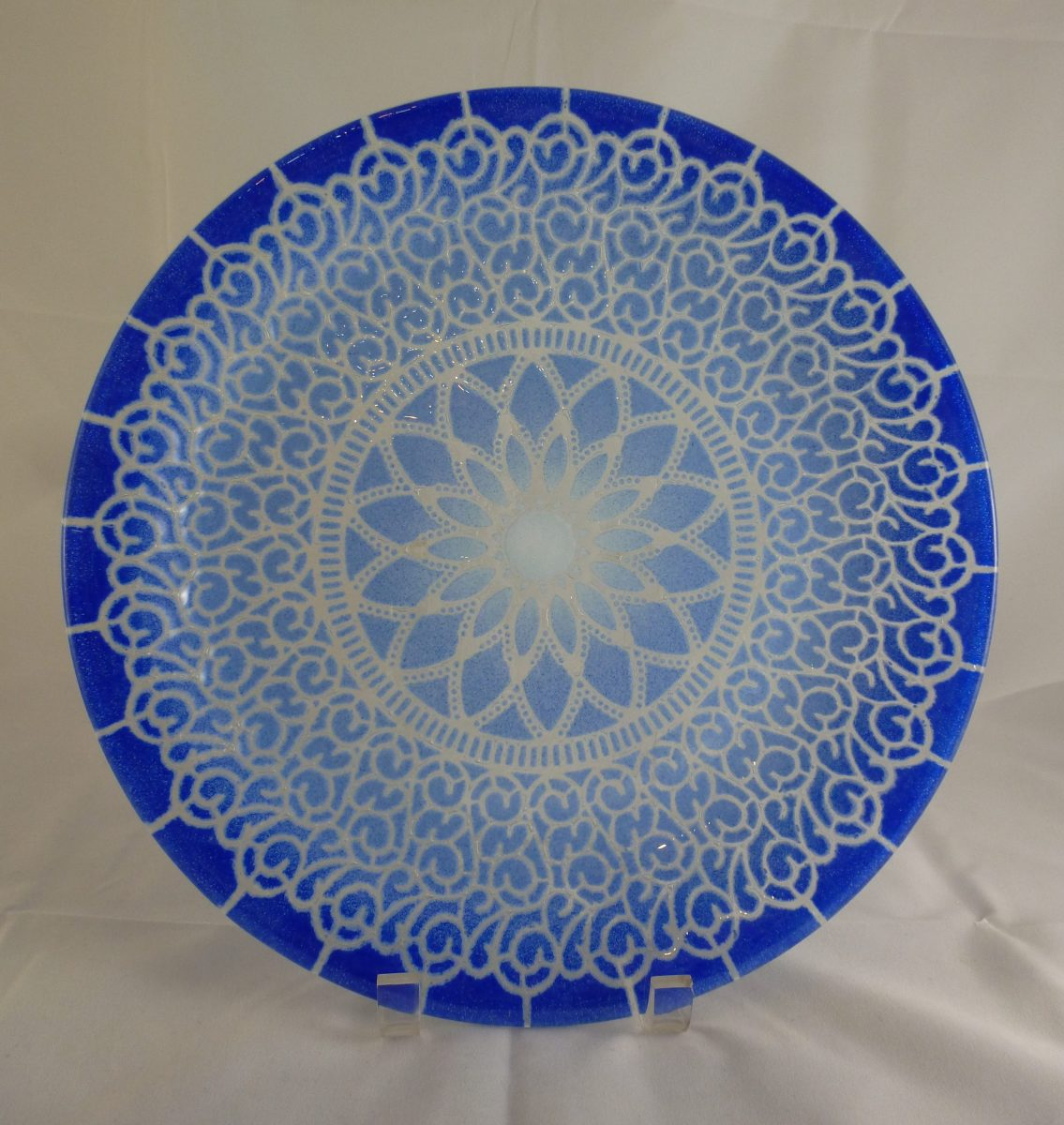LM Embassy Large Dinner Plate