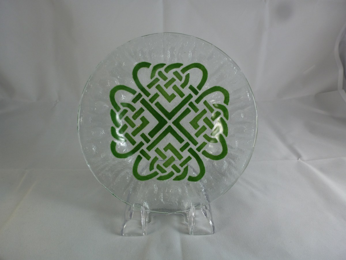 Celtic Lover's Knot Bread and Butter