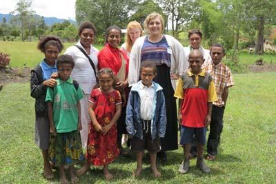 Avril with children from the Papua New Guinea mission.