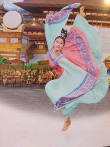 shen yun dancer