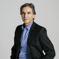 Photo of Alec Tzannes