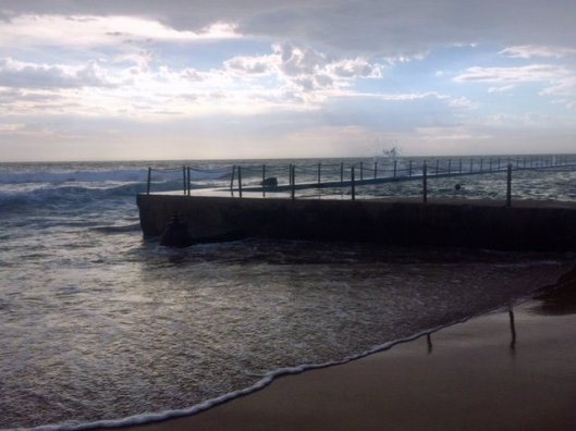 Early Morning at Bilgola Pool