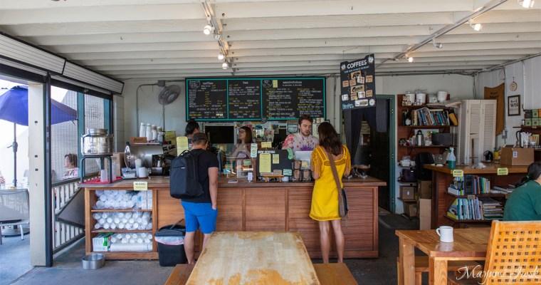 マノアにあるローカル・カフェ「モーニング・グラス・コーヒー + カフェ(MORNING GLASS COFFEE) | HAWAII