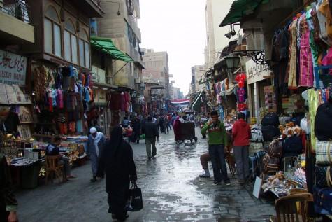 Basaren Khan al Khalili er godt besøkt av lokalbefolkning og turister!