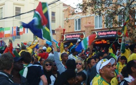 Sør-Afrika har scoret mot Frankrike og stemningen er på topp!