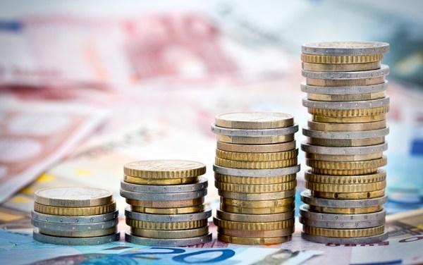 Inwestycje, oszczędności… kilka słów o odmętach makroekonomii