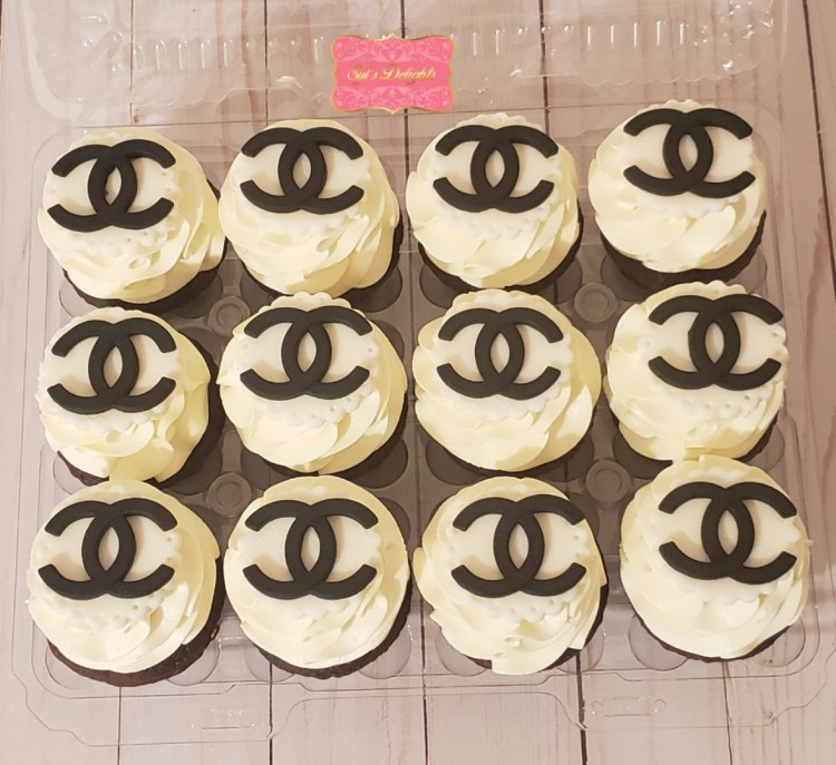 Fashion inspired cupcakes
