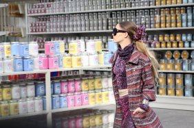 chanel-shopping-center-PFW-fw-14-11