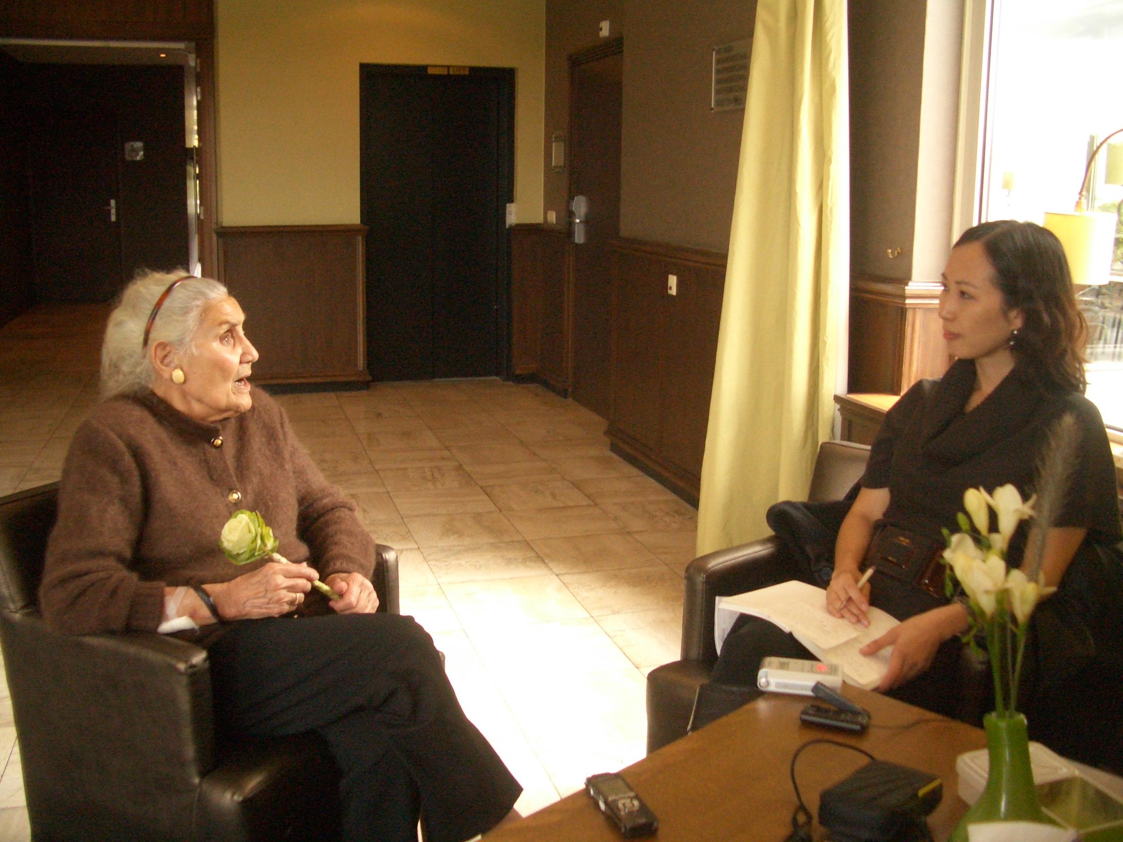 Sylvia Yu (right) interviewing Dutch comfort woman survivor Ellen van der Ploeg (left) for video and print media