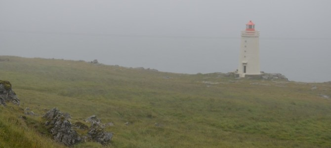 Island im Nebel