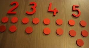 1, 2, 3, 4, 5 avec les jetons