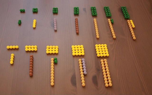 Montessori barrettes de perles.