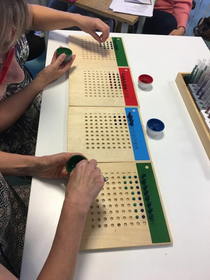 Encore quelques places aux formations Montessori des vacances prochaines