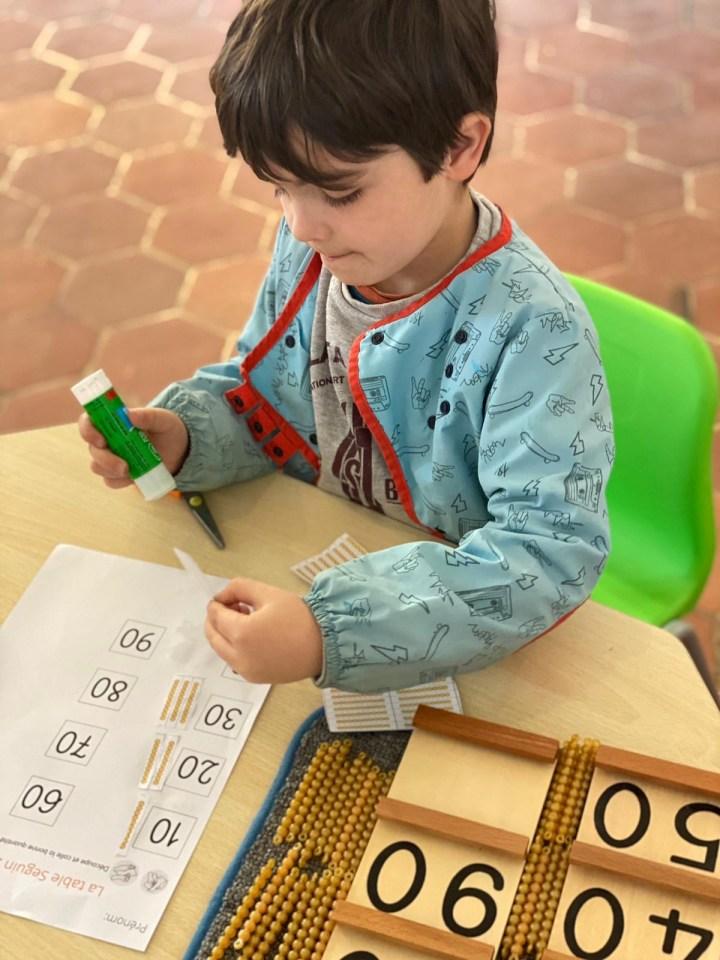 Un élève de niveau primaire