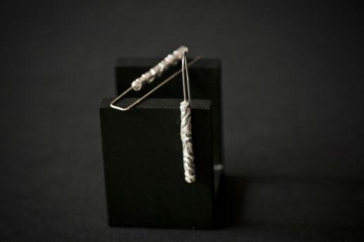 Boucles d'oreilles longues en argent collection Chronos White Silver