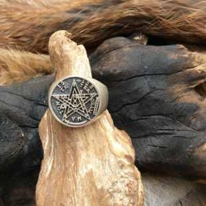 Bague en argent symbole pentagramme universel