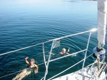 Mediterranean air - Arctic water