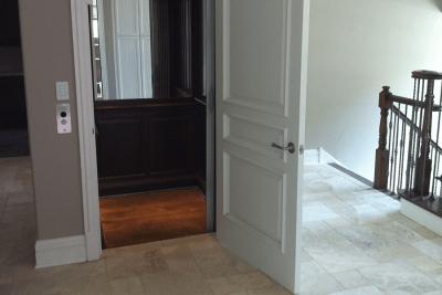 Symmetry home elevator winding drum drive