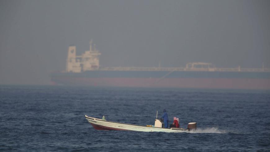 انفجار في سفينة شحن إسرائيلية ومسؤولون يرجحون ضلوع إيران