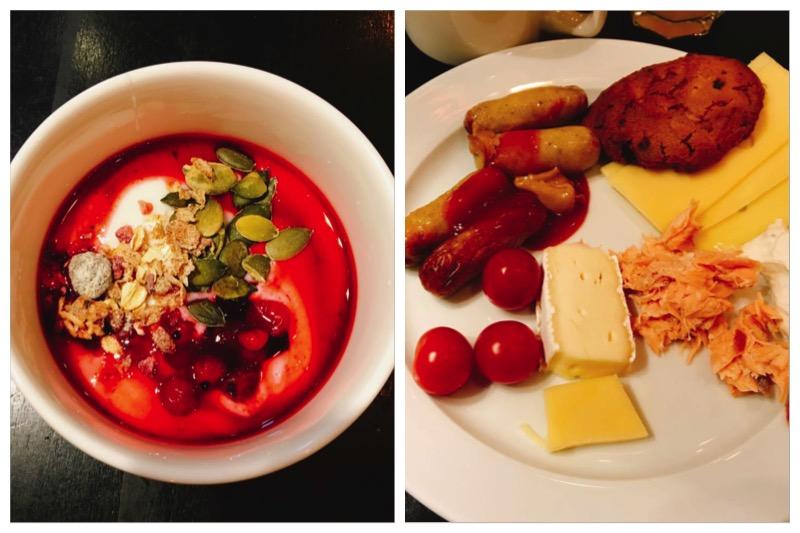 ホテルの朝食のパターン。サーモン、チーズ、ベリー、ヨーグルトは北欧旅行の必須朝食。