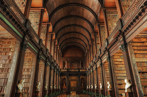 Library of Trinity College, Dublin © Juergen Jauth with CCLicense