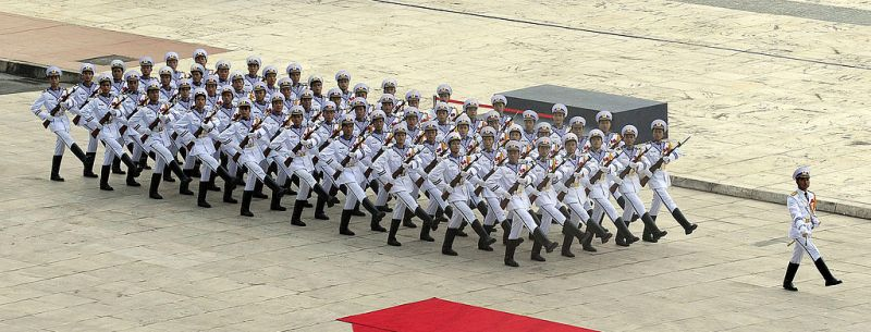 1024px-Vietnam_People's_Navy_honor_guard_at_ASEAN_defense_ministers_meeting_2010-10-12_1.jpg