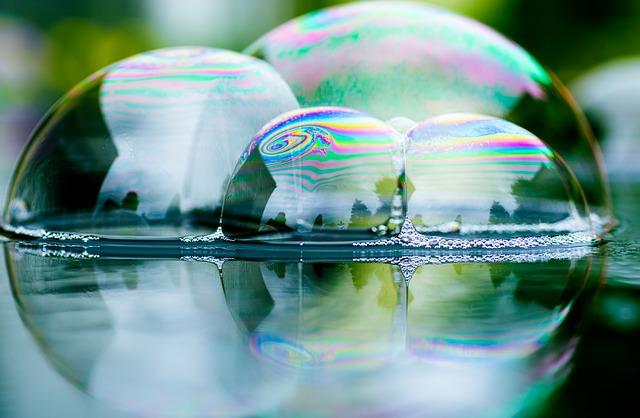 soap-bubbles-3825205_640.jpg