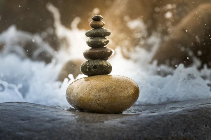 balance-3356546_1280