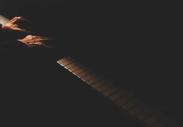 piano-1082062_640