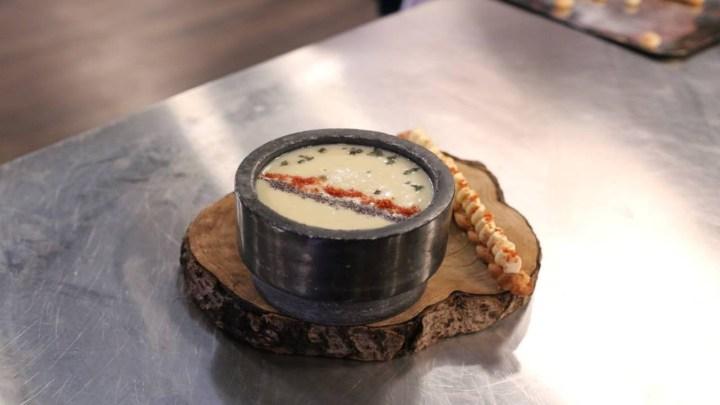 Σούπα πατάτας με μπέικον και θυμάρι και  αρωματισμένο κριτσίνι με κρέμα τυριού   MasterChef 4